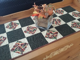 Thanksgiving Table Runner - Turkeys